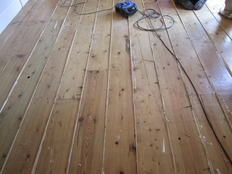 How To Fill Gaps In Wood Floor Boards Floor Boards Gap Filling With